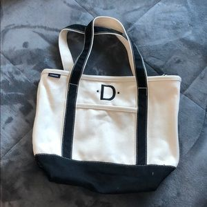 Land's End monogrammed tote 💫